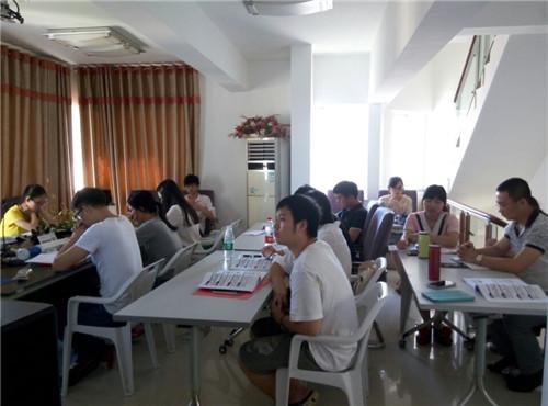 2015年海南公务员面试培训现场
